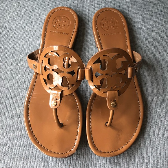 5e9aeded7a27e Tory Burch MILLER sand PATENT NUDE tan 9. M 5afef253d39ca229dd531d3f